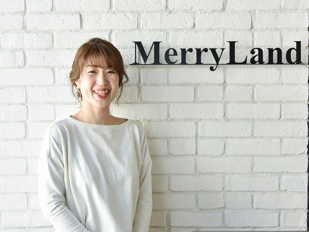 スタイリスト岡田真理子